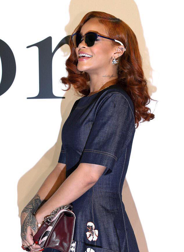 Rihanna - Dior - 2015 - 2016- 3