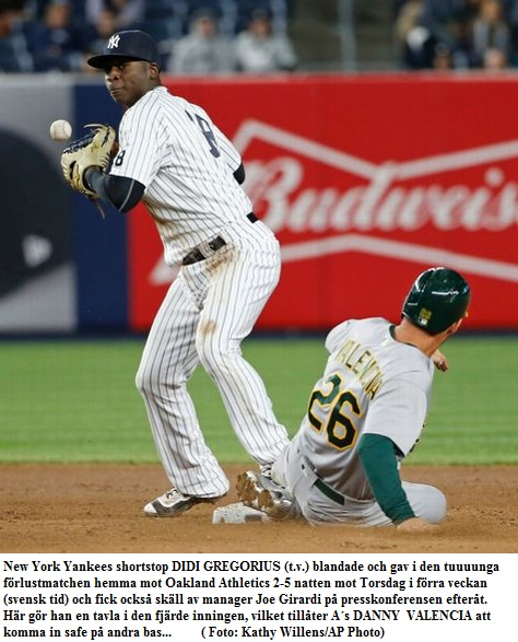 Yankees Didi error vs. Oakland 20160420